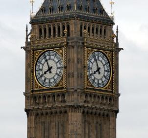 clock-moment
