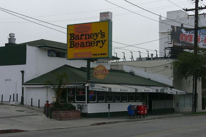 Barney's Beanery in Santa Monica
